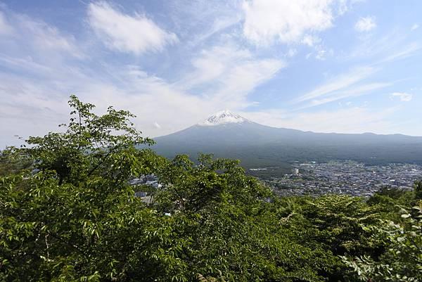 日本山梨県河口湖天上山公園 カチカチ山ロープウェイ (11).JPG