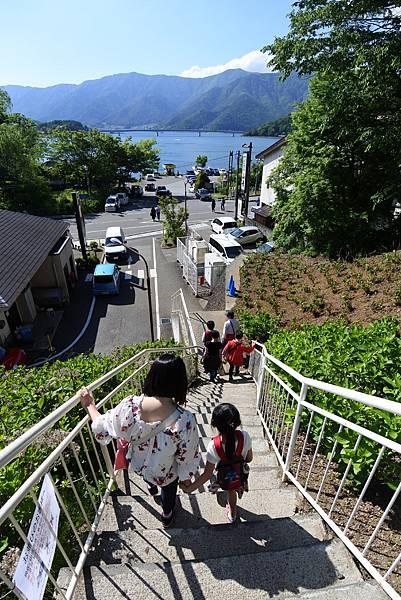 日本山梨県河口湖天上山公園 カチカチ山ロープウェイ (20).JPG