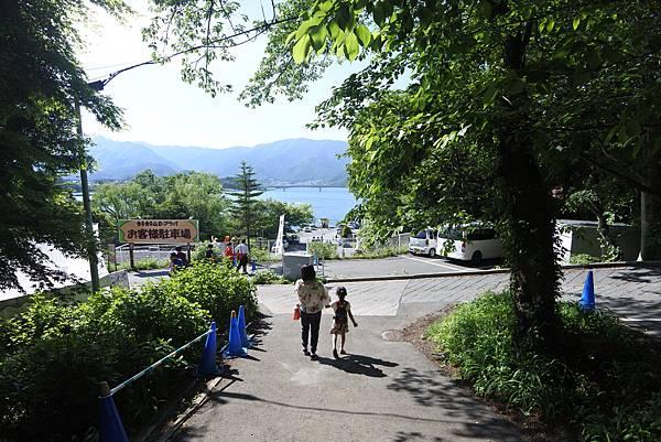 日本山梨県河口湖天上山公園 カチカチ山ロープウェイ (19).JPG