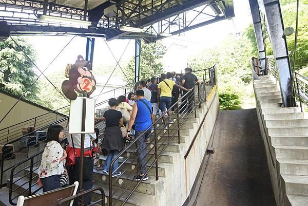 日本山梨県河口湖天上山公園 カチカチ山ロープウェイ (30).JPG