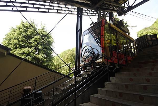 日本山梨県河口湖天上山公園 カチカチ山ロープウェイ (31).JPG