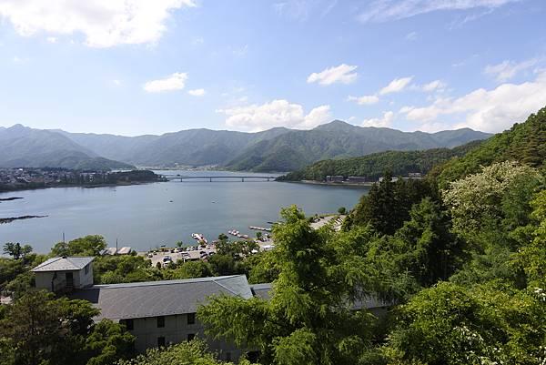 日本山梨県河口湖天上山公園 カチカチ山ロープウェイ (34).JPG
