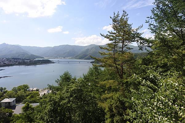 日本山梨県河口湖天上山公園 カチカチ山ロープウェイ (36).JPG