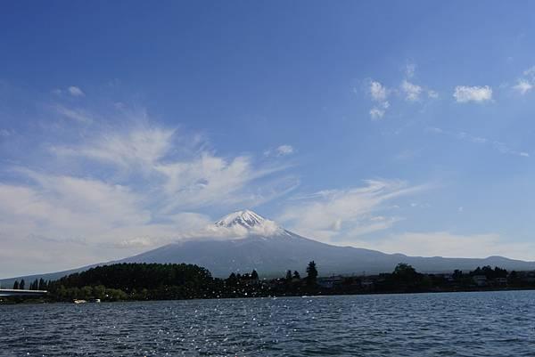 日本山梨県河口湖モーターボート (5).JPG