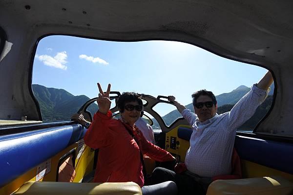 日本山梨県河口湖モーターボート (16).JPG
