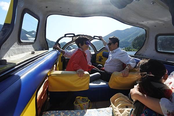 日本山梨県河口湖モーターボート (17).JPG