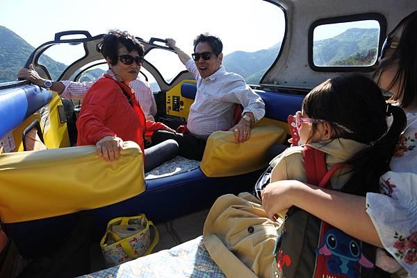 日本山梨県河口湖モーターボート (18).JPG