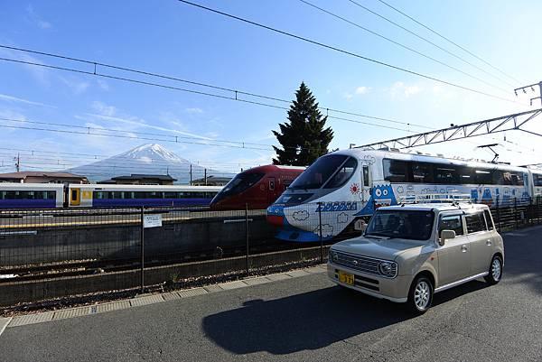日本山梨県河口湖駅 (1).JPG