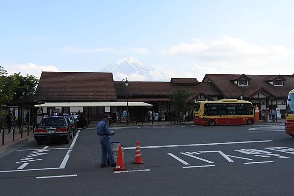 日本山梨県河口湖駅 (9).JPG