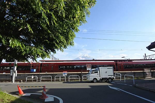 日本山梨県河口湖駅 (12).JPG