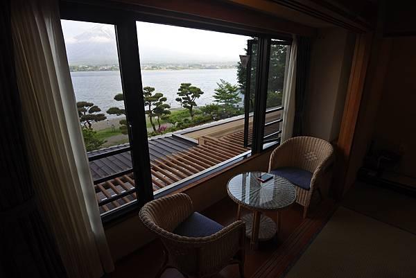 日本山梨県秀峰閣湖月:標準タイプ 和室 (5).JPG
