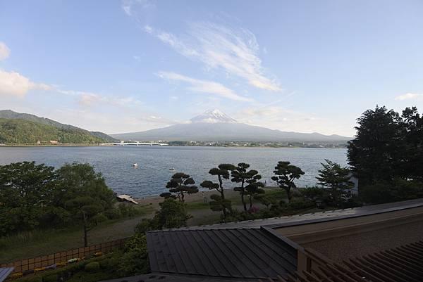 日本山梨県秀峰閣湖月:標準タイプ 和室 (4).JPG