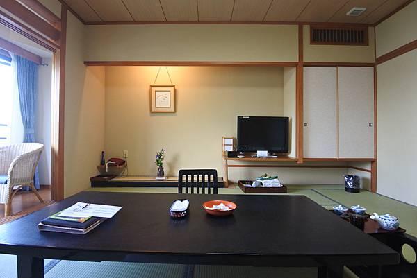 日本山梨県秀峰閣湖月:標準タイプ 和室 (2).JPG