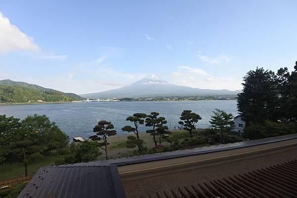 日本山梨県秀峰閣湖月:標準タイプ 和室 (27).JPG