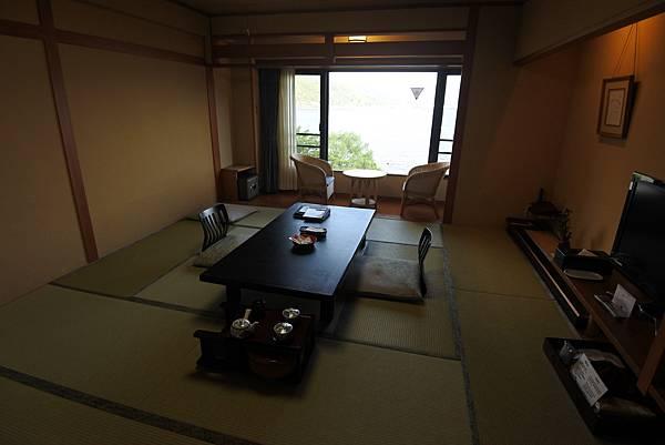 日本山梨県秀峰閣湖月:標準タイプ 和室 (29).JPG