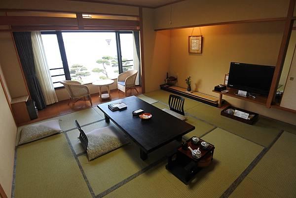 日本山梨県秀峰閣湖月:標準タイプ 和室 (30).JPG
