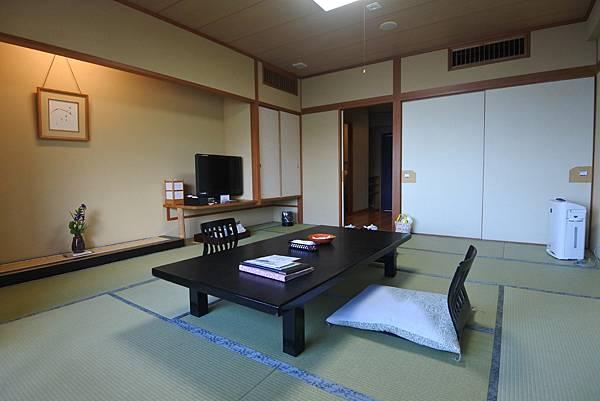 日本山梨県秀峰閣湖月:標準タイプ 和室 (32).JPG
