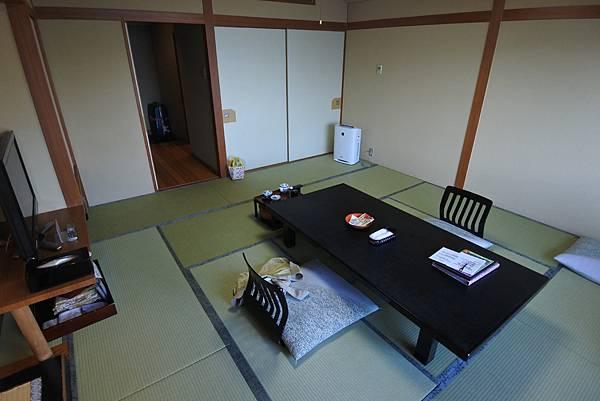 日本山梨県秀峰閣湖月:標準タイプ 和室 (33).JPG