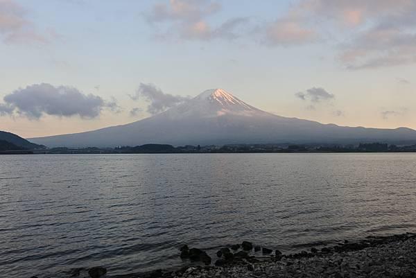 日本山梨県秀峰閣湖月:テラス (1).JPG