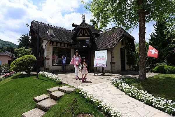 日本山梨県河口湖オルゴールの森美術館 (27).JPG