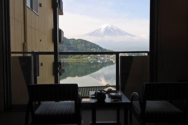 日本山梨県湖楽おんやど富士吟景:別亭「凛」和室 (1).JPG