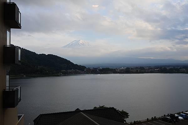 日本山梨県湖楽おんやど富士吟景:別亭「凛」和室 (2).JPG