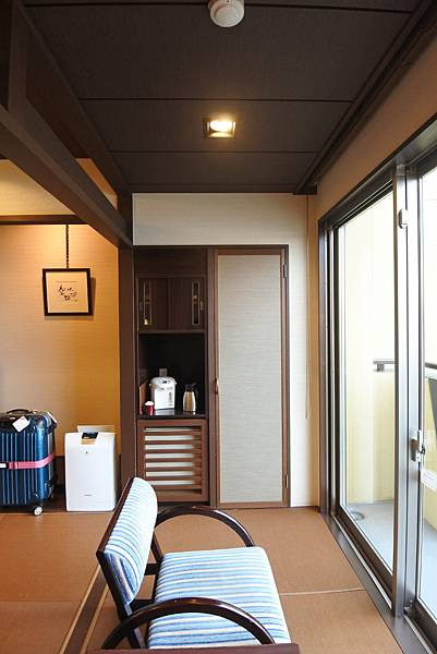 日本山梨県湖楽おんやど富士吟景:別亭「凛」和室 (12).JPG