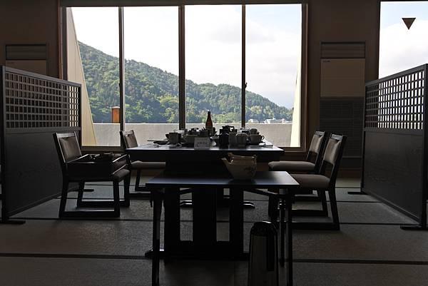 日本山梨県湖楽おんやど富士吟景:レストラン「麗峰」 (4).JPG