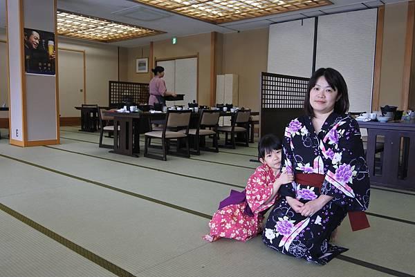 日本山梨県湖楽おんやど富士吟景:レストラン「麗峰」 (2).JPG