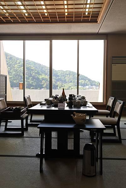 日本山梨県湖楽おんやど富士吟景:レストラン「麗峰」 (5).JPG