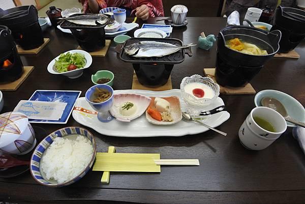日本山梨県湖楽おんやど富士吟景:レストラン「麗峰」 (6).JPG