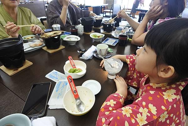 日本山梨県湖楽おんやど富士吟景:レストラン「麗峰」 (11).JPG