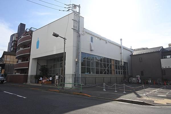 日本東京都BLUE BOTTLE COFFEE清澄白河ロースタリー&カフェ (6).JPG