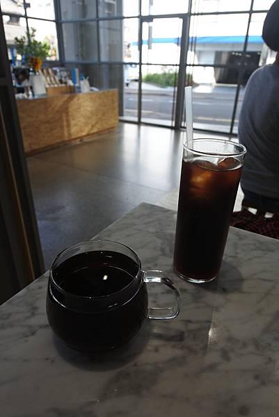 日本東京都BLUE BOTTLE COFFEE清澄白河ロースタリー&カフェ (11).JPG