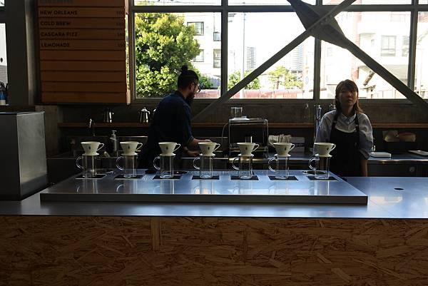 日本東京都BLUE BOTTLE COFFEE清澄白河ロースタリー&カフェ (14).JPG