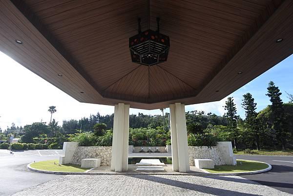 日本沖縄県シェラトン沖縄サンマリーナリゾート:外觀 (27).JPG