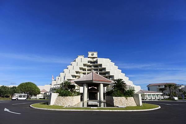 日本沖縄県シェラトン沖縄サンマリーナリゾート:外觀 (32).JPG