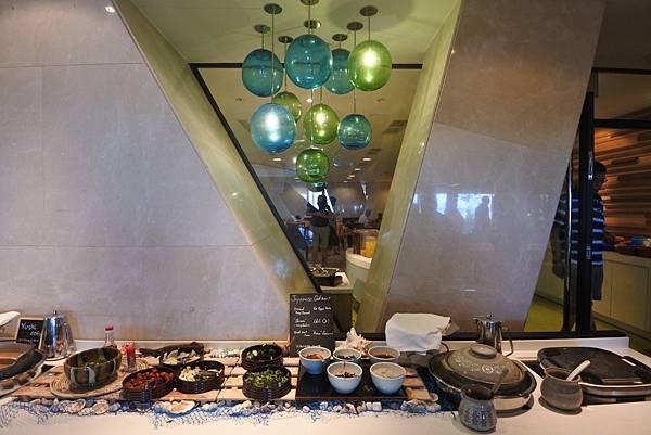 日本沖縄県シェラトン沖縄サンマリーナリゾート:ダイニングルーム「センス」 (35).JPG