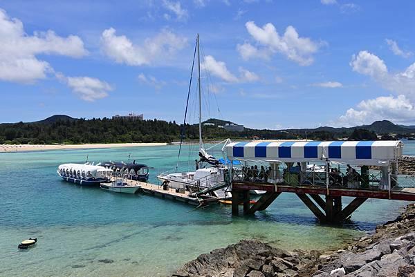 日本沖縄県ブセナ海中公園:ガラス底ボート (20).JPG