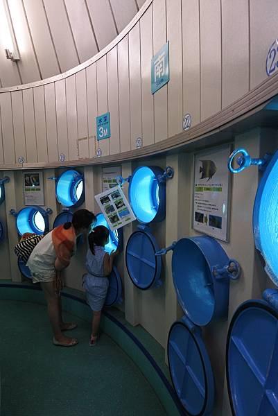 日本沖縄県ブセナ海中公園:海中展望塔 (49).JPG