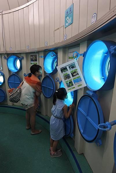日本沖縄県ブセナ海中公園:海中展望塔 (51).JPG