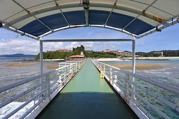 日本沖縄県ブセナ海中公園:海中展望塔 (60).JPG