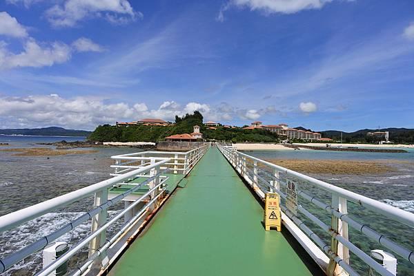 日本沖縄県ブセナ海中公園:海中展望塔 (66).JPG