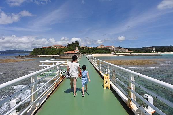 日本沖縄県ブセナ海中公園:海中展望塔 (68).JPG