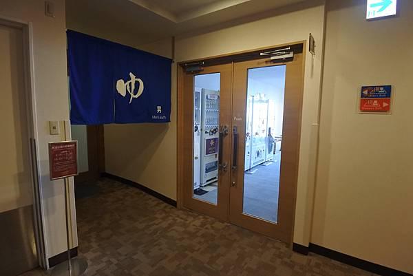 日本沖縄県ベッセルホテルカンパーナ沖縄:展望浴場 (1).JPG