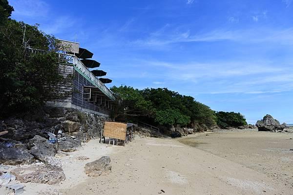 日本沖縄県浜辺の茶屋 (3).JPG