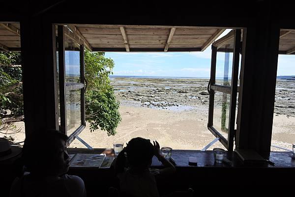 日本沖縄県浜辺の茶屋 (8).JPG