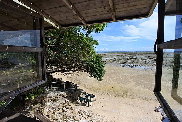 日本沖縄県浜辺の茶屋 (10).JPG