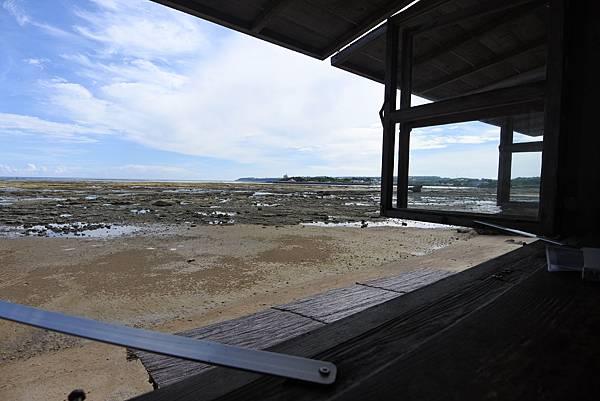 日本沖縄県浜辺の茶屋 (12).JPG