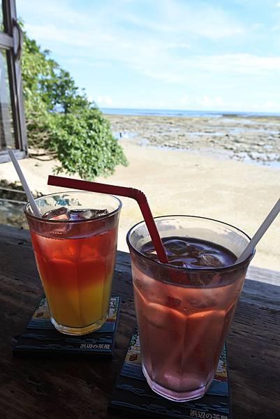 日本沖縄県浜辺の茶屋 (17).JPG